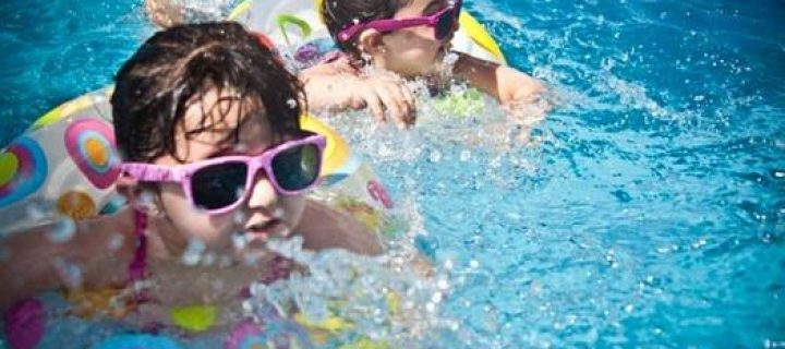 SCHOOL'S OUT! HERE ARE SOME GREAT WAYS TO BE ACTIVE AS A FAMILY DURING THE SUMMER BREAK
